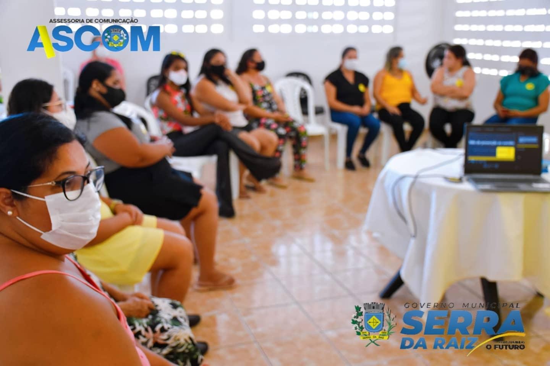 Grupo de Mulheres participa de conversa sobremesa o Setembro Amarelo no CRAS